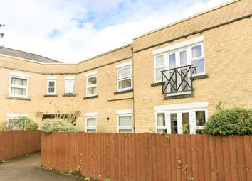 Thumbnail 2 bed flat for sale in 24 Homewood Court, Cedars Village, Chorleywood, Hertfordshire