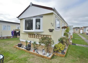 1 bed mobile/park home for sale in Meadow View Park, St. Osyth Road, Little Clacton, Clacton-On-Sea CO16