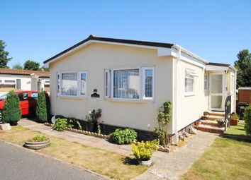 Thumbnail 2 bed mobile/park home for sale in Selwood Park, Weymans Avenue, Bournemouth