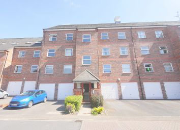 Thumbnail 2 bedroom flat to rent in Whitecross Gardens, Huntington Road, York