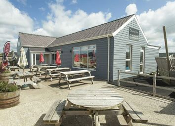 Thumbnail Detached house for sale in Dinas Dinlle, Caernarfon