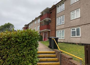 2 bed flat to rent in Anne Close, Stoke Hill, Exeter EX4