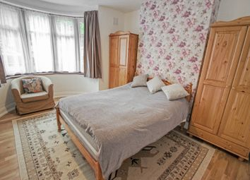1 bed maisonette to rent in Carlton Avenue, Kenton, Harrow HA3