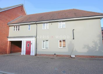2 bed property to rent in Hatcher Crescent, Colchester CO2