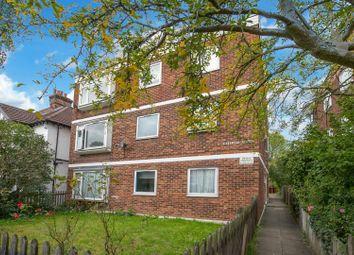 Kingsmead Lodge, Heathcote Grove, London E4. 2 bed flat