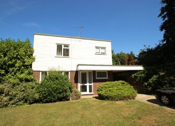 Thumbnail 3 bed detached house to rent in Daws Heath Road, Benfleet