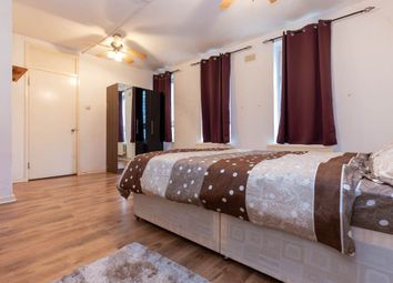 Thumbnail 5 bed flat to rent in Green Bank, Tower Bridge