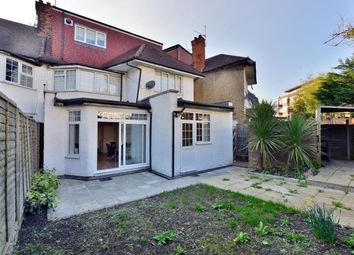 2 bed property for sale in Clifton Gardens, London NW11