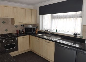 Thumbnail 3 bedroom property to rent in Pottery Close, Luton