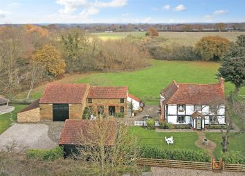 Thumbnail 3 bed detached house for sale in Hulletts Lane, Pilgrims Hatch, Brentwood
