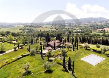Thumbnail 8 bed farmhouse for sale in Le Piazze, Cetona, Siena, Tuscany, Italy