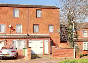 4 bed semi-detached house for sale in Gordon Road, Basildon SS14