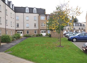 Thumbnail 2 bed flat to rent in Rosslyn Court, Perth