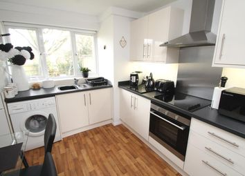 Thumbnail 2 bed flat to rent in Chaulden House Gardens, Chaulden, Hemel Hempstead