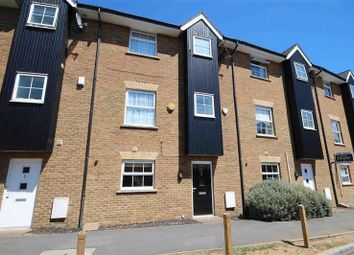 Thumbnail 4 bed town house to rent in Fourdrinier Way, Hemel Hempstead