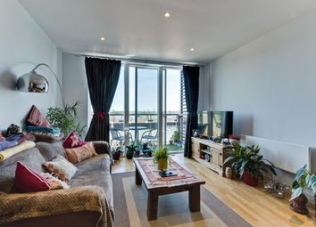 Thumbnail 1 bed flat to rent in The Heart, New Zealand Avenue