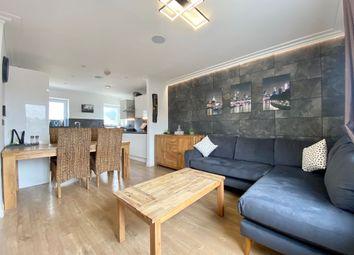 Castleridge Drive, Greenhithe DA9. 2 bed flat for sale