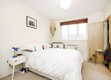 Thumbnail 1 bed flat to rent in Holly Street, Dalston