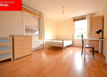 Thumbnail 5 bed town house to rent in Lockesfield Place, Canary Wharf