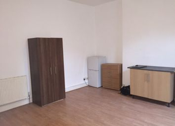 Thumbnail Studio to rent in Willoughby Park Road, London