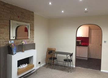 Thumbnail 1 bedroom flat to rent in Parkwood Road, Southbourne, Bournemouth