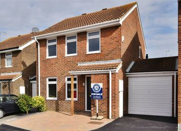 Thumbnail 3 bed link-detached house to rent in Forester Court, Billericay