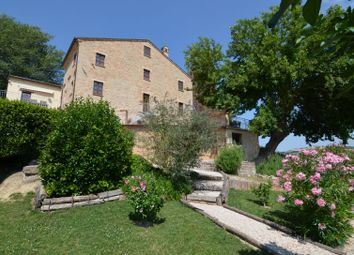 Thumbnail 5 bed country house for sale in Monteleone di Fermo, Marche, Italy