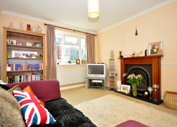 Thumbnail 2 bed flat to rent in St Marys Grove, London