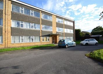 Thumbnail 2 bedroom flat for sale in Hunters Court, Woodley, Reading