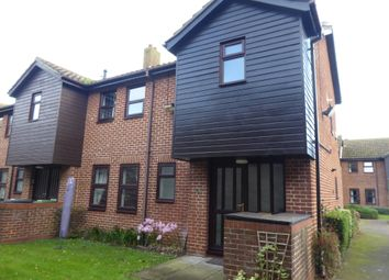 Thumbnail 2 bedroom flat to rent in Fishers Court, Fishers Opening, Great Yarmouth