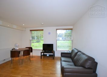 2 bed flat to rent in Black Prince Road, Vauxhall SE11