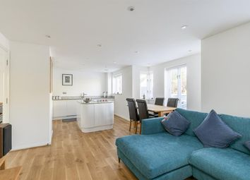 Thumbnail 1 bed flat for sale in Myddleton Avenue, London