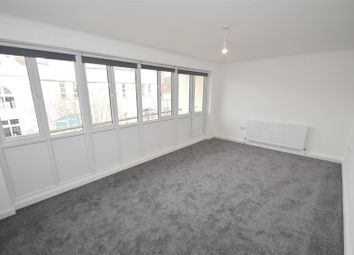 2 bed flat to rent in Charlotte Street, Portsmouth PO1