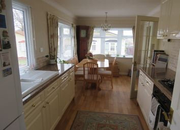 Thumbnail 2 bed mobile/park home for sale in Wykeham Park, Alresford Road, Winchester