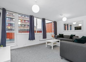 4 bed flat to rent in East Street, London SE17