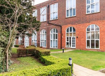 Thumbnail 2 bed flat for sale in Sweyne Avenue, Southend-On-Sea