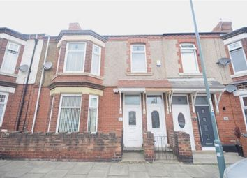 Thumbnail 3 bed flat to rent in Richmond Road, South Shields