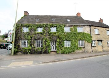 Thumbnail 5 bed property for sale in Newland, Witney
