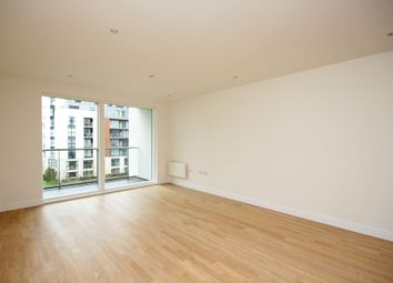 Pump House Crescent, Brentford TW8. 1 bed flat