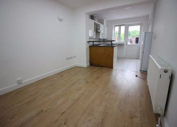 Thumbnail 1 bed flat to rent in 19 Great North Way, Hendon