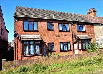 Thumbnail 1 bedroom flat for sale in Gordon Road, Newbury