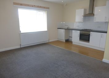 2 bed flat to rent in Bell Road, Wallasey CH44