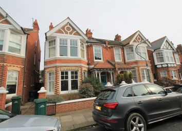 Thumbnail 2 bed flat to rent in Lawrence Road, Hove