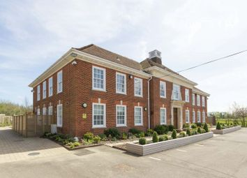Thumbnail 2 bed flat for sale in Dover Road, Sandwich
