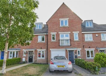 Thumbnail 3 bed town house for sale in Middlefield Lane, Hinckley