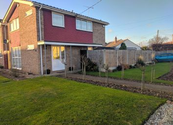 Thumbnail 3 bedroom detached house to rent in Marlin Close, Benfleet