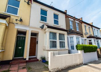 1 bed flat for sale in North Road, Westcliff-On-Sea SS0