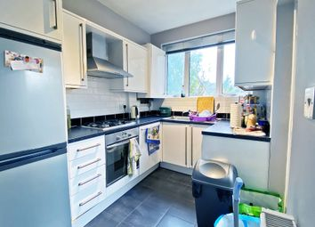 Thumbnail 2 bed flat to rent in Ffynone Drive, Uplands, Swansea