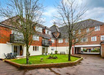 Queens Lane, Arundel, West Sussex BN18. 2 bed flat for sale