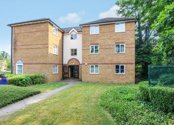 Thumbnail Flat to rent in Chagny Close, Letchworth Garden City